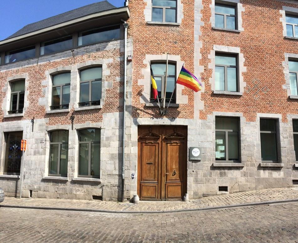 drapeau homophobie